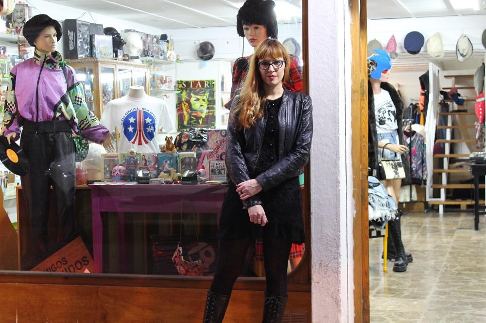 La artista, Pitonisa Bizarre, habla para Melones el Abuelo