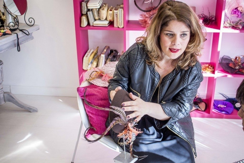 La diseñadora, Carmen Navarro, en su estudio